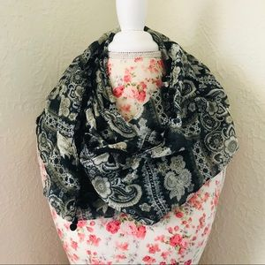 Black & Cream Floral Paisley Infinity Scarf